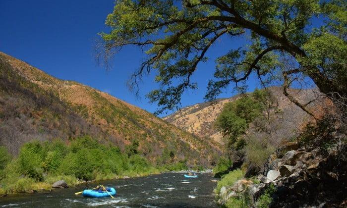 Scenic beauty on the Tuolumne River
